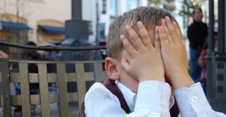 çocuklara nasıl kural koyulur - çocuklara kural koyarken nelere dikkat etmeliyiz - çocukların kurallara uyulmaı nasıl sağlanır