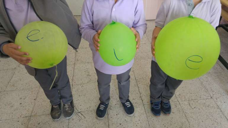 balon oyunu oyna-okuma yazma oyunlari-ilk okuma yazma ogretimi