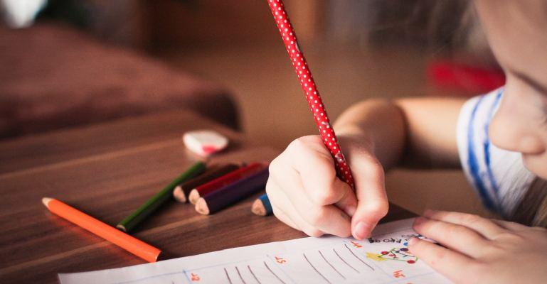 çocuklara ödev yaptırmada nasıl yardımcı olunur